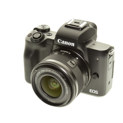 Canon EOS M50 Kit (15 - 45 mm, 24.10Mpx, 10FPS, WiFi)