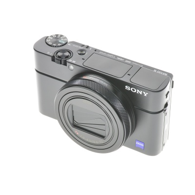 Sony Cyber-shot DSC RX100 VI (24 - 200 mm, 20.10MP, WiFi)
