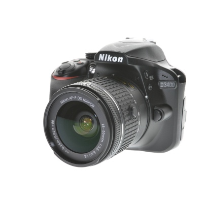 Nikon D3400, AF-P 18-55mm VR Kit (24.20MP, 5FPS)
