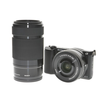Sony Alpha a5100 Double Zoom (16 - 50 mm, 24.30Mpx, 6FPS, WiFi)