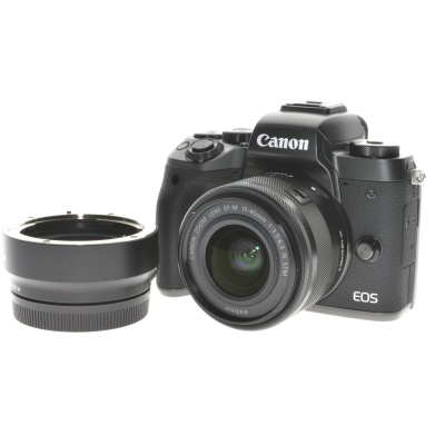 Canon EOS M5 Kit inkl. Adapter EF/EF-S zu EF-M (15 - 45 mm, 24.20MP, 7FPS, WLAN)
