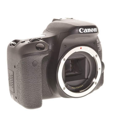 Canon EOS 77D Body (24.20MP, 6FPS, Wi-Fi)